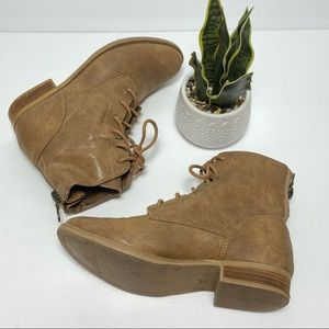 Crown Vintage Grace Combat Lace up Boots Sz 7.5M
